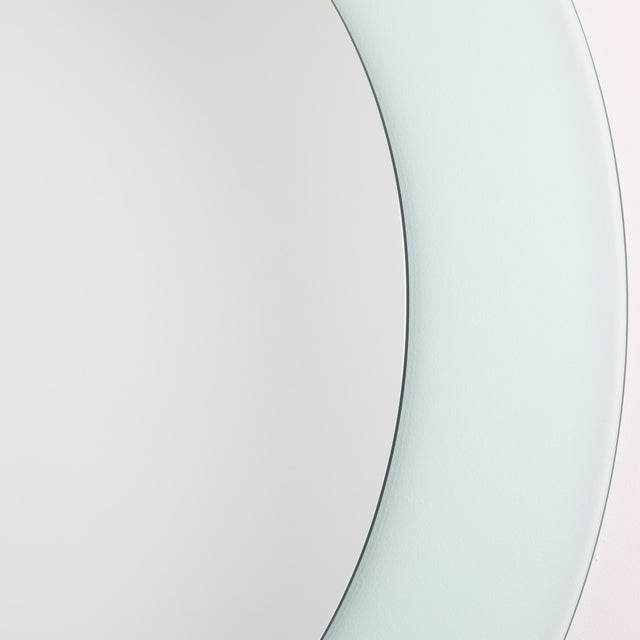 Full Circle Modern Original Round Acrylic Frame Mirror For Sale - Image 4 of 11
