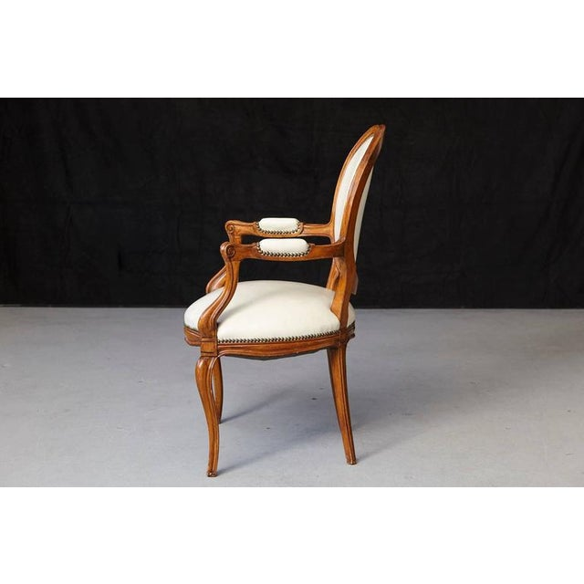 Late 19th Century Louis XV Style Walnut Fauteuil in Nail Trimmed Creme Leather For Sale - Image 5 of 10
