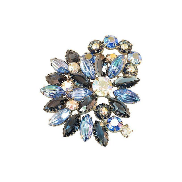 Metal D&e Juliana Carved Blue Art Glass Brooch, 1960s For Sale - Image 7 of 7