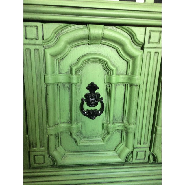 Mid 20th Century 20th Century Chinoiserie Emerald Green Hutch For Sale - Image 5 of 13