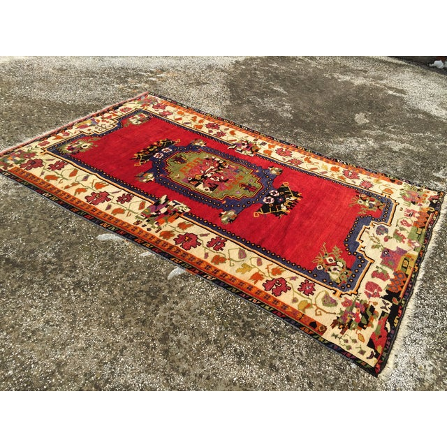 """Vintage Hand Knotted Anatolian Rug - 5'1"""" x 8' - Image 4 of 8"""