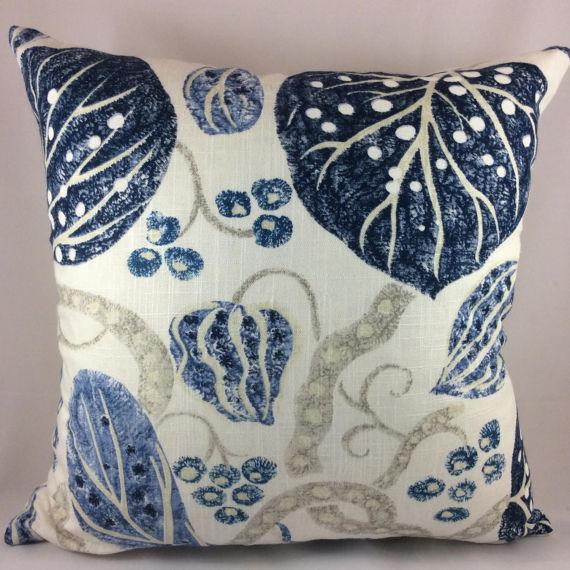 FABULOUS hand print from beloved and cutting edge design house, William Yeoward. Astasia in navy features an organic, ikat...