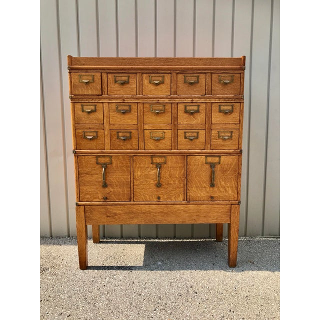 Antique Globe-Wernicke Arts and Crafts Era Tiger Oak Library Card Catalog Filing Cabinet For Sale - Image 13 of 13