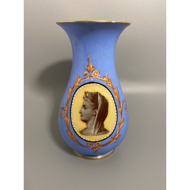 Sky Blue Mid 19th Century Victorian Old Paris Porcelain Portrait Vase From Irwin and Lane For Sale - Image 8 of 8