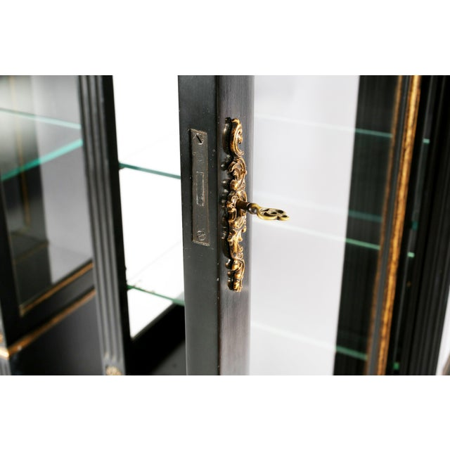 Ebony Pair Mid 20th Century Gilt Wood Ebonised Cabinets / Vitrines For Sale - Image 8 of 13
