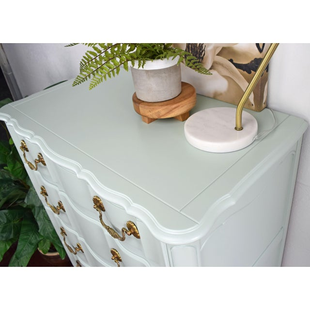 Serpentine French Provincial Green Mint Highboy Dresser For Sale In San Francisco - Image 6 of 9