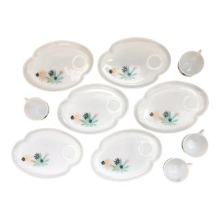 Federal Glass Patio Plates - 10 Pieces For Sale