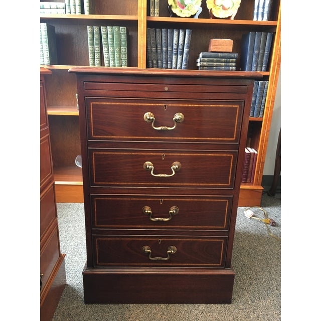 English Custom Made Mahogany Single File Cabinet For Sale In New York - Image 6 of 6