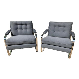 Pair of Mid-Century Modern Lounge Chairs in the Style of Milo Baughman For Sale