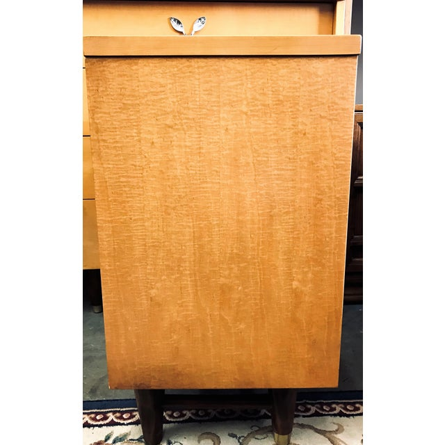 Mid-Century Modern Mid-Century Modern Huntley Blonde Nightstand For Sale - Image 3 of 10