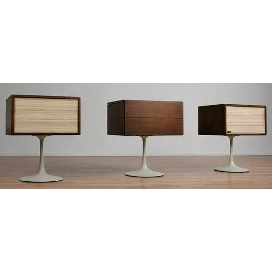 Get the party started with this fabulous Mid-Century Modern KLH TWENTY PLUS hi fi system with turntable. 100% REFURBISHED...