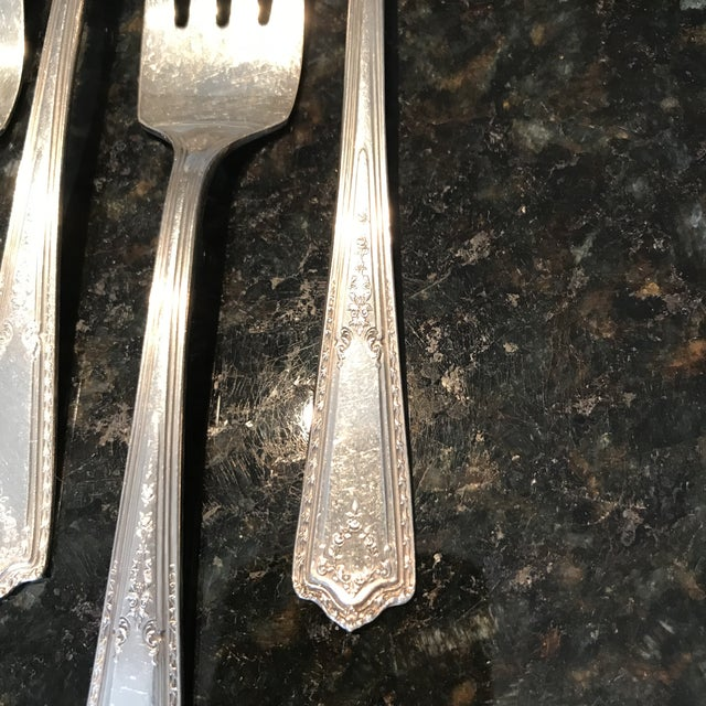"""1920s 1920s """"Rogers & Bro A1"""" Silver Plated Paisley Cake Forks - Set of 6 For Sale - Image 5 of 7"""