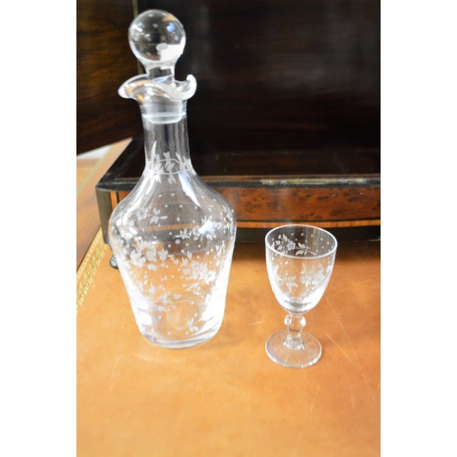Mid 19th Century 19th Century Portable Bar With the Origianal Etched Crystals Decanters and 14 Sherry Glasses Sitting in a Rosewood Box. For Sale - Image 5 of 11