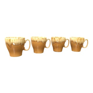 Vintage Usa Honey Blonde Paint Drip Coffee Mugs - Set of 4 For Sale