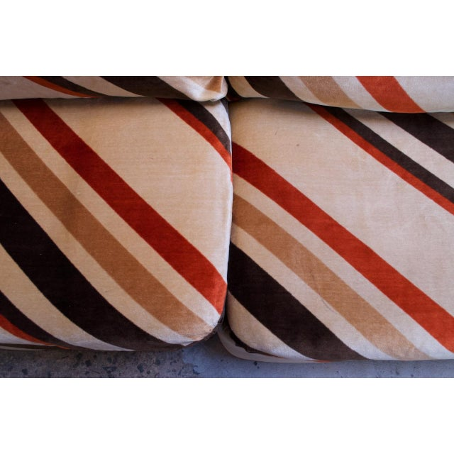 Wood 1970s American Modern Five-Piece Chevron Sectional Sofa For Sale - Image 7 of 13