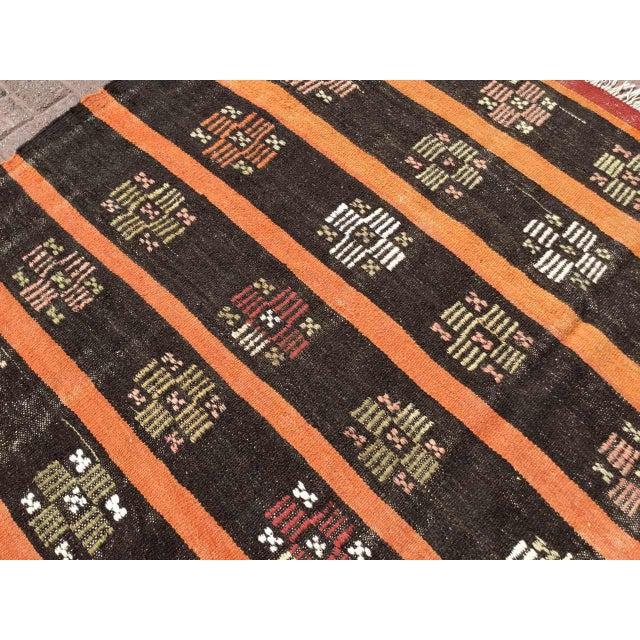 Vintage Turkish Kilim Rug For Sale - Image 9 of 11