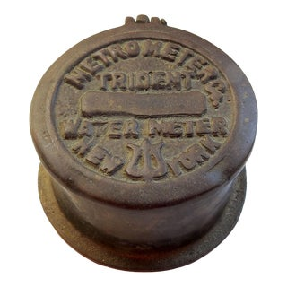 1923 New York Water Meter Box For Sale