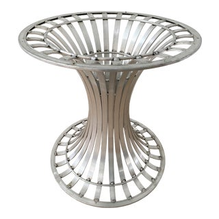 Mid-Century Russell Woodard Extruded Aluminum Round Dining Table Base For Sale