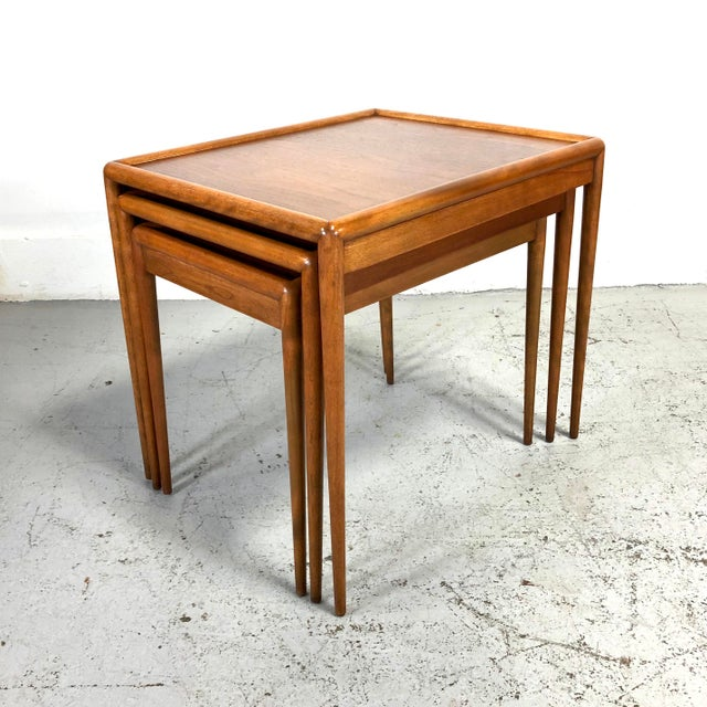 Mid-Century Modern t.h. Robsjohn-Gibbings Nesting Tables for Widdicomb - Set of 3 For Sale - Image 3 of 13