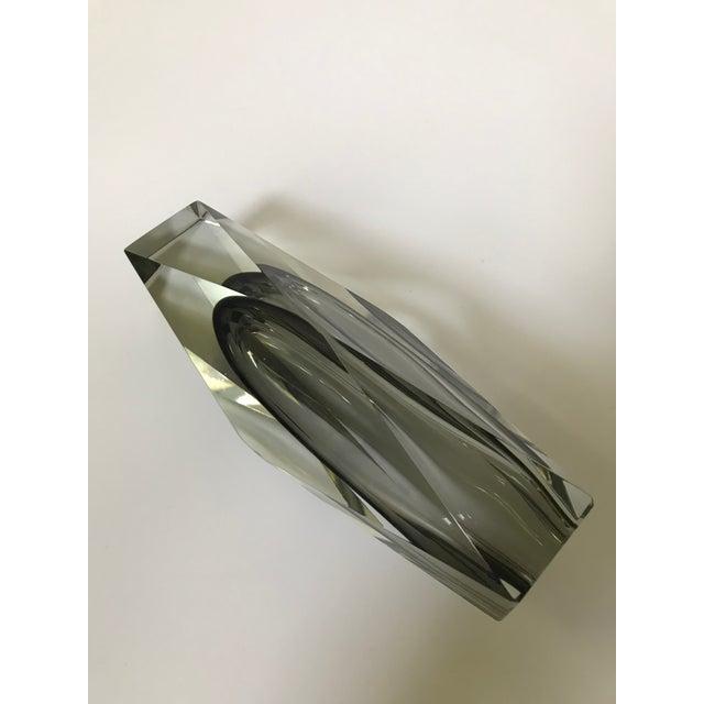 Art Glass Mid-Century Modern Murano Art Glass Vase by Mandruzzato For Sale - Image 7 of 9