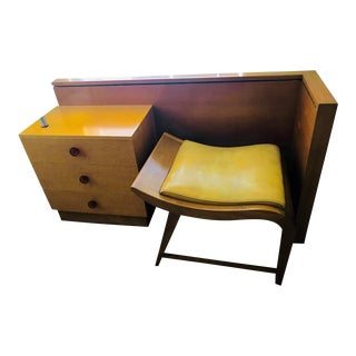 1940s Gilbert Rohde for Herman Miller Bedroom Group Vanity and Bench For Sale