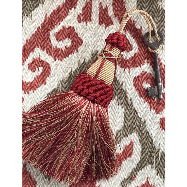 Textile Red and Gold Key Tassels With Looped Ruche - a Pair For Sale - Image 7 of 9