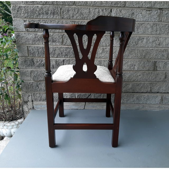 Chippendale The Bartley Collection Furniture Solid Mahogany Corner Chair Embroidered Linen Upholstered Seat For Sale - Image 3 of 13