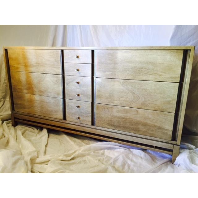 Vintage American of Martinsville Dresser - Image 8 of 11