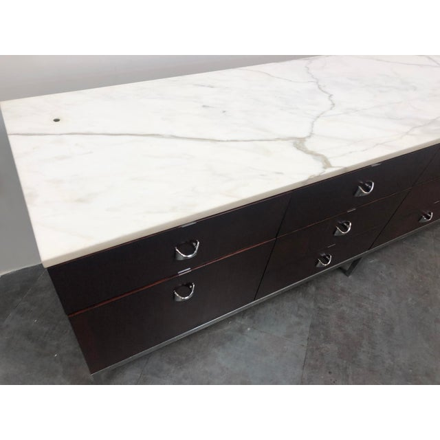 1960s Mid-Century Modern Florence Knoll Rosewood and Marble Credenza Ensemble - 2 Pieces For Sale - Image 9 of 13