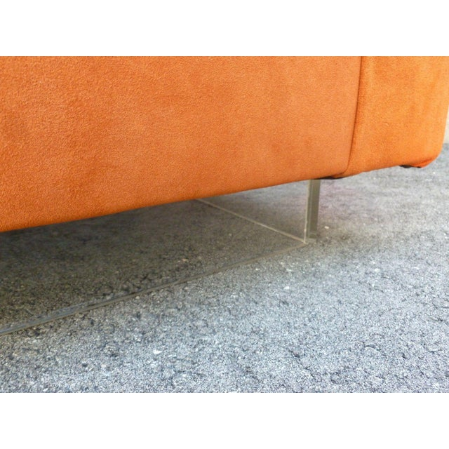 Lights 70's Mod Italian Suede and Lucite Chaise For Sale - Image 7 of 11