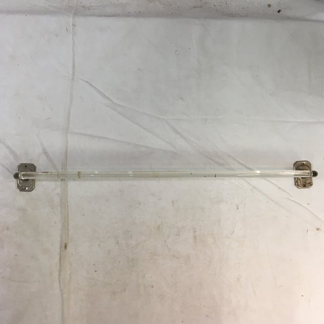 Metal Vintage Lucite Towel Bar With Chrome-Plated Hardware For Sale - Image 7 of 13