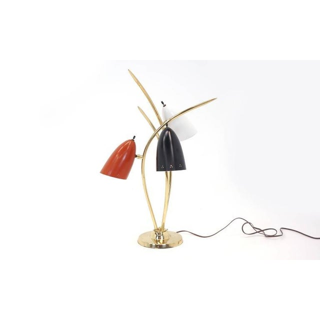 Mid-Century Modern Lightolier Three-Arm Three Cone Brass Table Lamp For Sale - Image 3 of 7