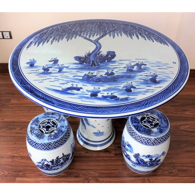 Blue and White Floral Motif Chinese Porcelain Garden Seats & Table - Set of 5 For Sale In Miami - Image 6 of 14
