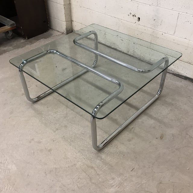 Just your every day Mid century chrome coffee table in Excellent condition. Chrome is near perfect. No obvious pitting....