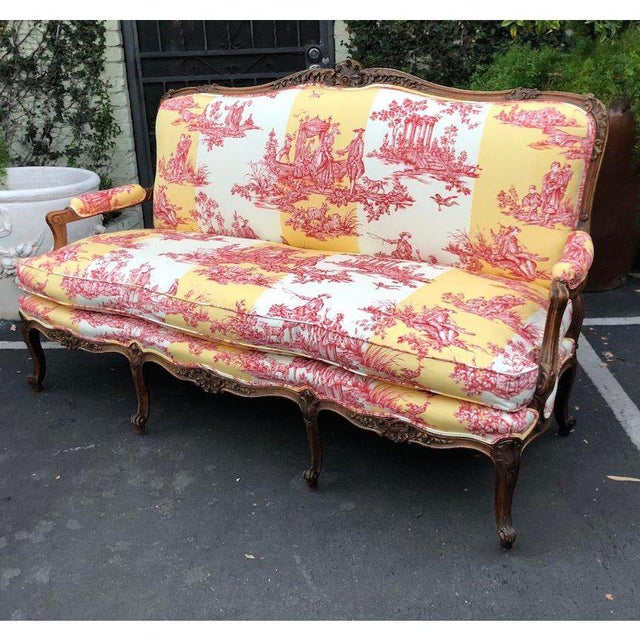 Yellow Antique Louis XV Style Carved Walnut Sofa Settee W/ Brunschwig & Fils Toile For Sale - Image 8 of 11