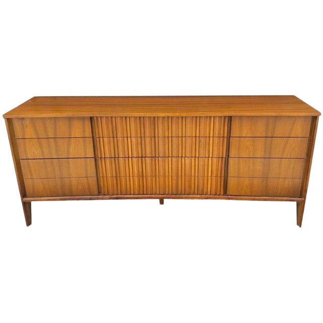 Gorgeous Mid Century Modern Curved Dresser or Credenza by Strata for Unagusta For Sale