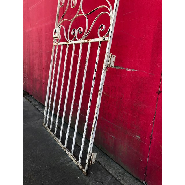 1940s Shabby Chic Rusty White Arched Wrought Iron Garden Fence For Sale In Sacramento - Image 6 of 11