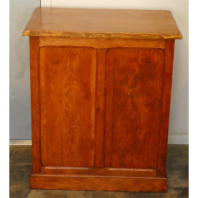 Pine 1910s Traditional Style Pine Cabinet For Sale - Image 7 of 8