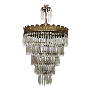 Early 20th Century Tiered Crystal Wedding Cake Chandelier For Sale