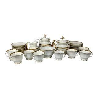 Antique Old Paris Porcelain White Tea Service With Gold Trim - Set of 32 For Sale