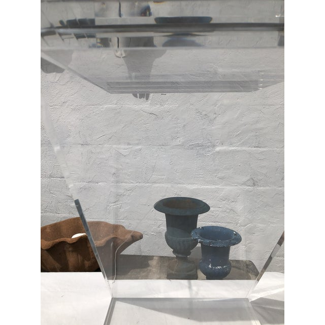 Lucite Z Drinks Table With Brass Detail For Sale - Image 10 of 13