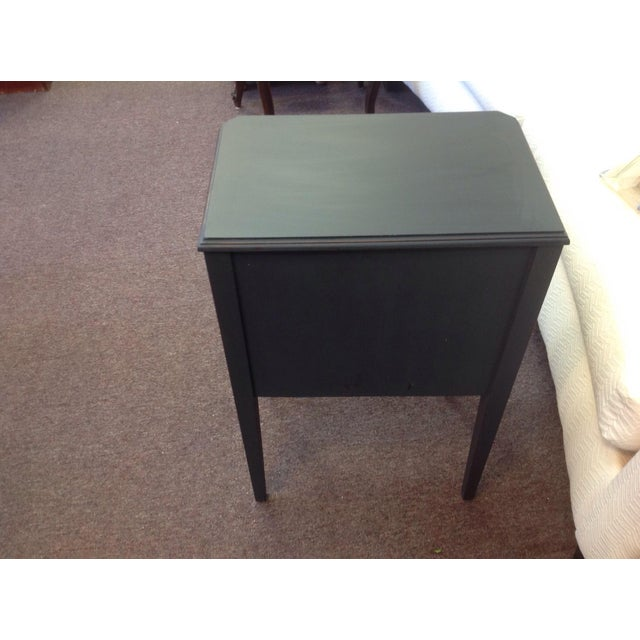 Two Toned Side Table - Image 8 of 8