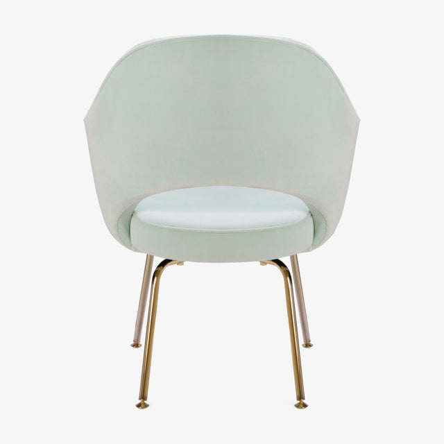 Saarinen Executive Arm Chairs in Mint Velvet, 24k Gold Edition - Set of 6 - Image 7 of 10