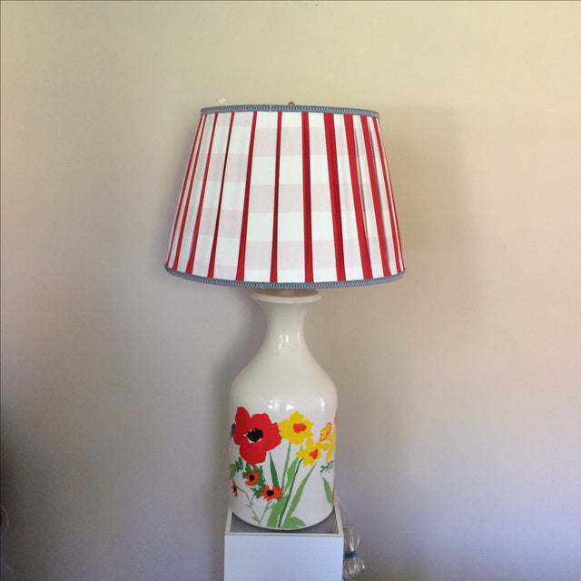 Mid-Century Floral Lamp With Red Custom Shade - Image 5 of 9