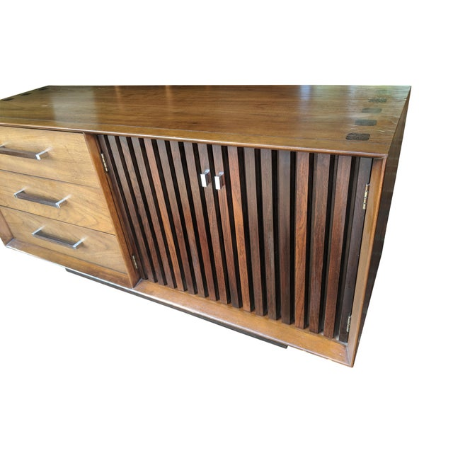 Mid-Century Modern 1970s Mid Century Modern Lane Furniture Rosewood and Walnut Small Credenza For Sale - Image 3 of 8