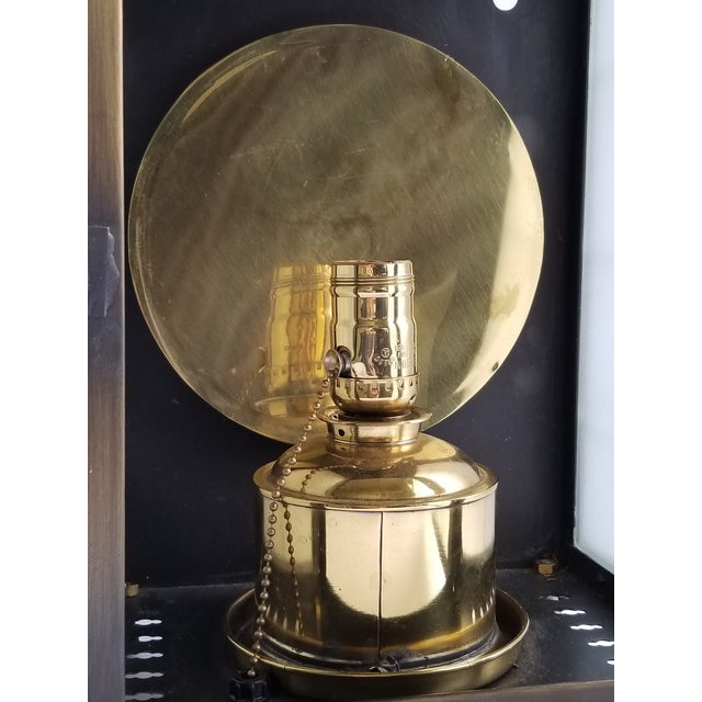 Brass American Colonial Style Brass Lantern Lamp For Sale - Image 7 of 12