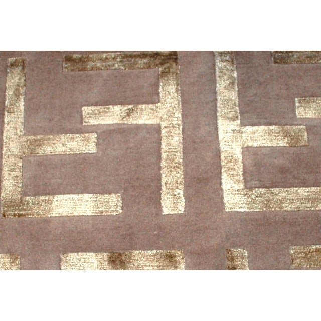 Indian Modern Silk Highlighted Rug- 3' x 5' - Image 2 of 9