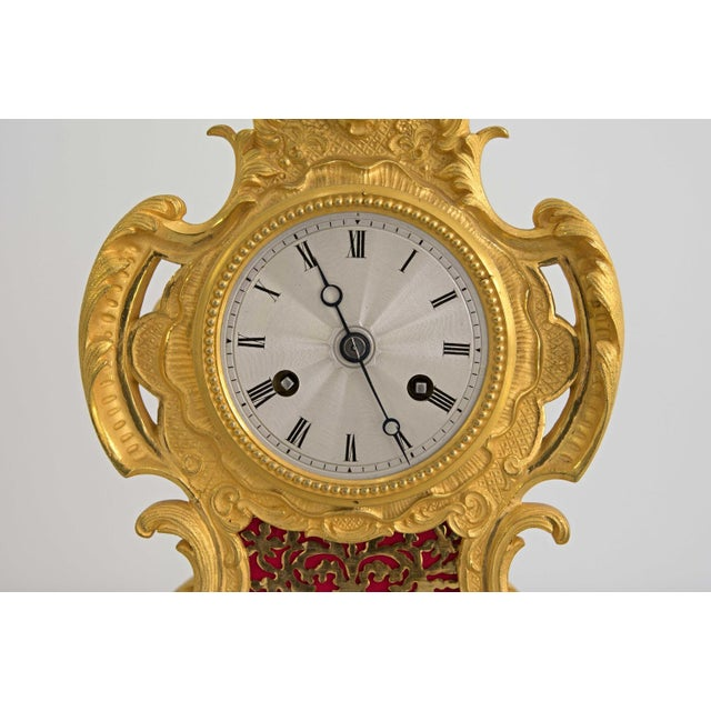 Bronze Early 19th Century French Louis XIV Style Ormolu Mantle Clock For Sale - Image 7 of 9