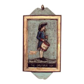 Early 20th Century American Country style carved and painted wall plaque of Revolutionary boy with drum For Sale