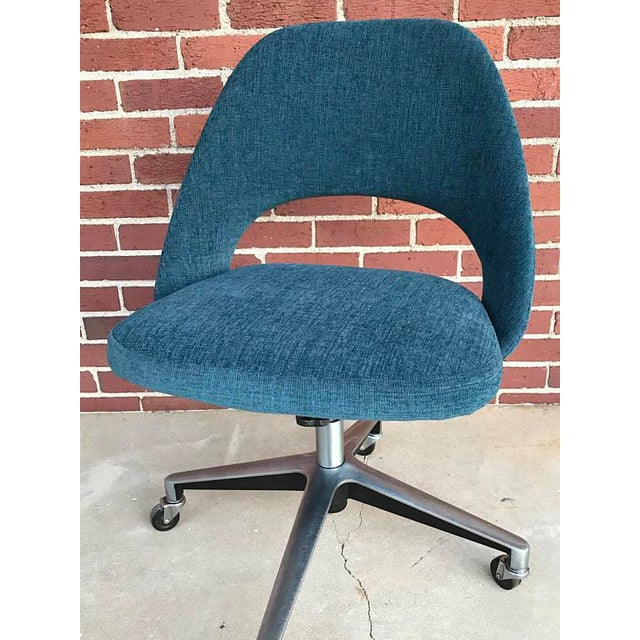 Mid-Century Modern Knoll Office Chair on Casters, 1960s For Sale - Image 3 of 5